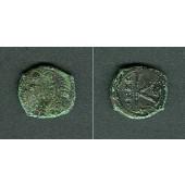 JUSTIN II.  Halbfollis  [569-570]