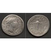 Publius Aelius HADRIANUS  Cistophor  ss+  selten!