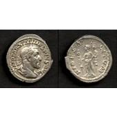 Caius Julius Verus MAXIMINUS I. Thrax  Denar  f.vz  [235-236]